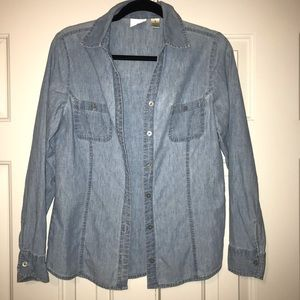 2/$12 Lee Riders Button Down Top Size S.